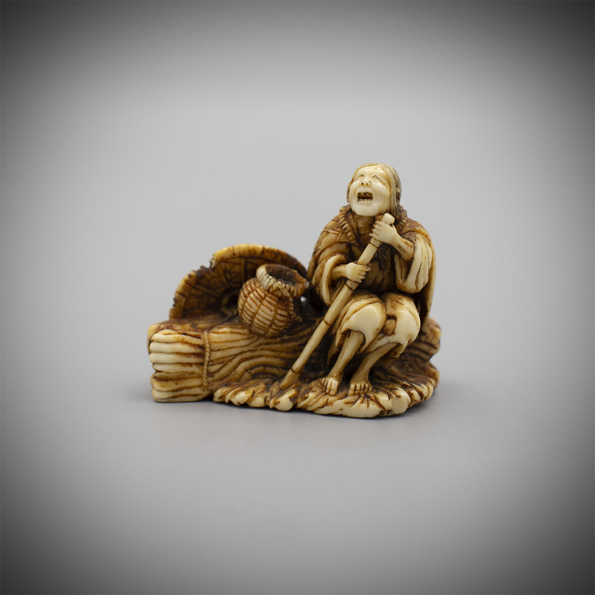 Ivory Netsuke of Ono no Komachi, MR3206_v1
